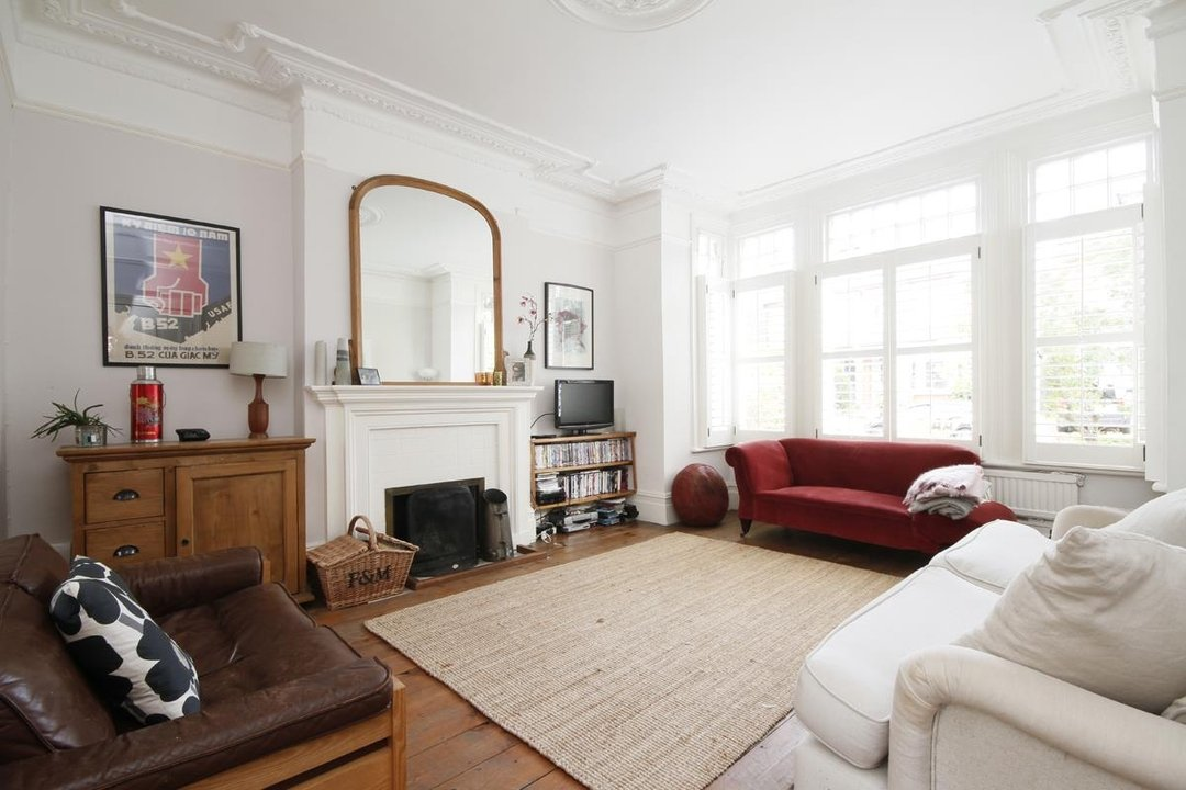 House - Semi-Detached Sold in Grove Park, London SE5 52 view11