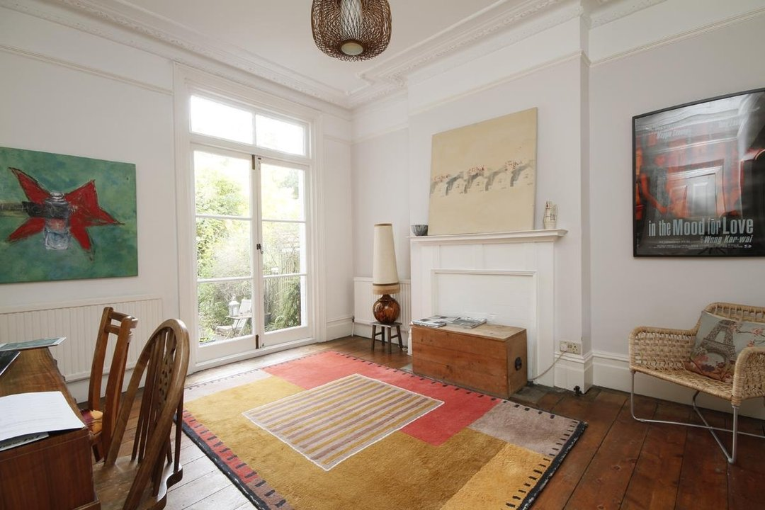 House - Semi-Detached Sold in Grove Park, London SE5 52 view6