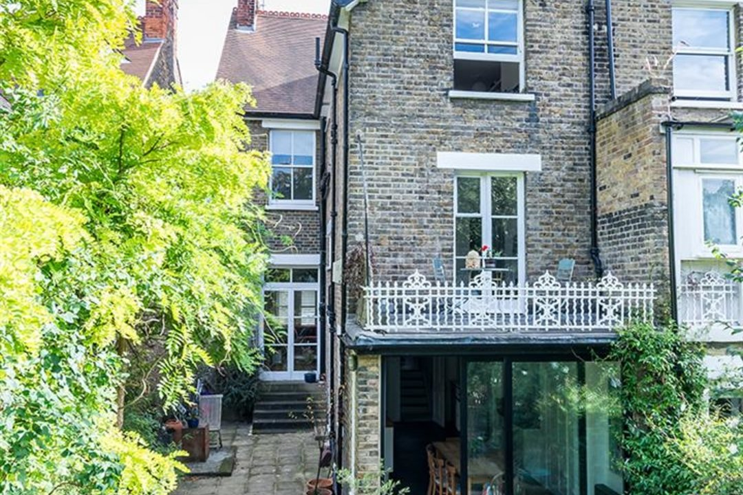 House - Semi-Detached Sold in Grove Park, London SE5 52 view15