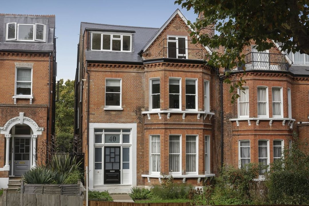 Flat - Conversion For Sale in Grove Park, SE5 133 view1