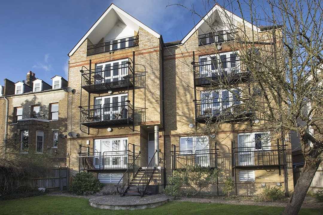 Flat/Apartment For Sale in Grove Park, SE5 247 view10