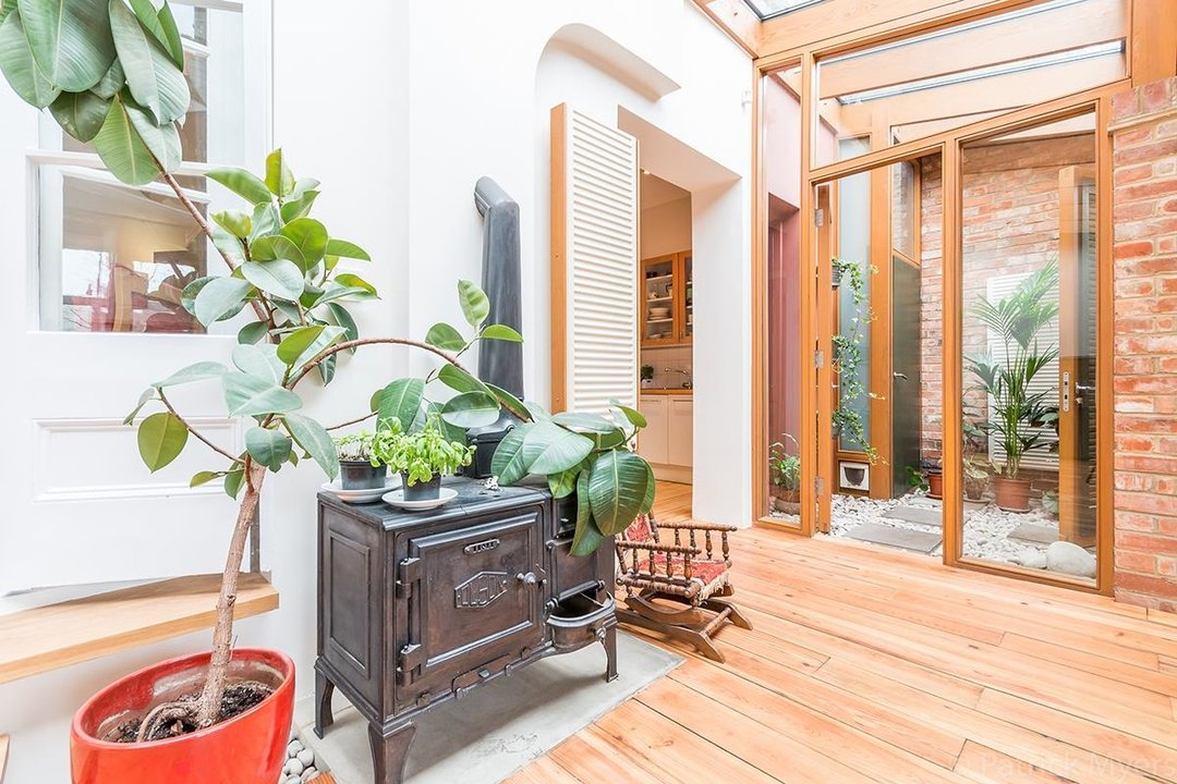 House - Semi-Detached For Sale in Grove Park, SE5 268 view14