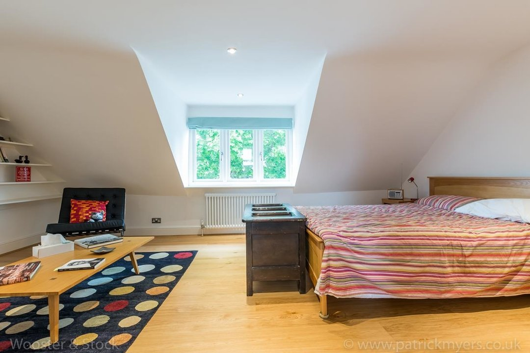 House - Semi-Detached For Sale in Grove Park, SE5 333 view28