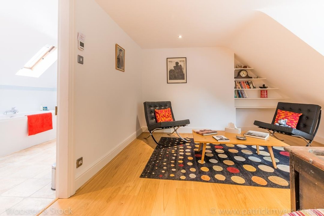 House - Semi-Detached For Sale in Grove Park, SE5 333 view29
