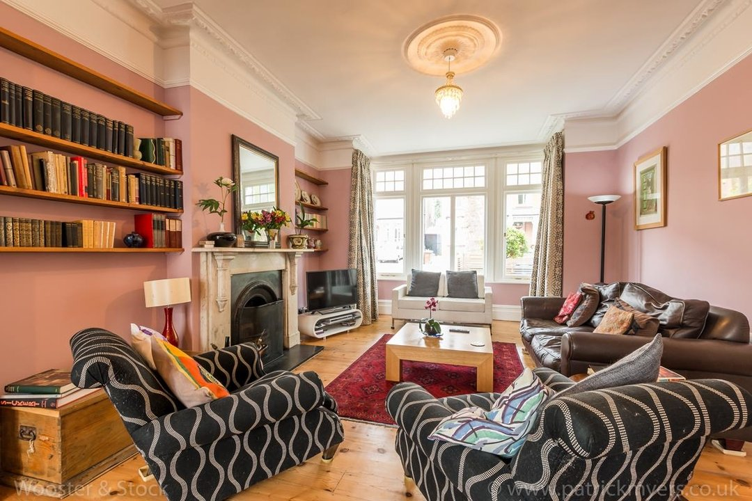 House - Semi-Detached For Sale in Grove Park, SE5 333 view8