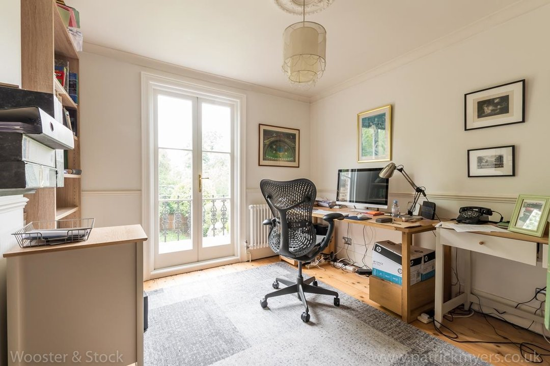 House - Semi-Detached For Sale in Grove Park, SE5 333 view20