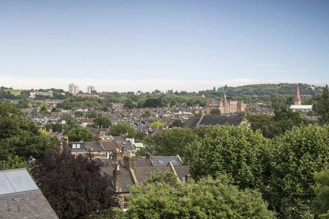Flat - Conversion For Sale in Grove Park, SE5 336 view7