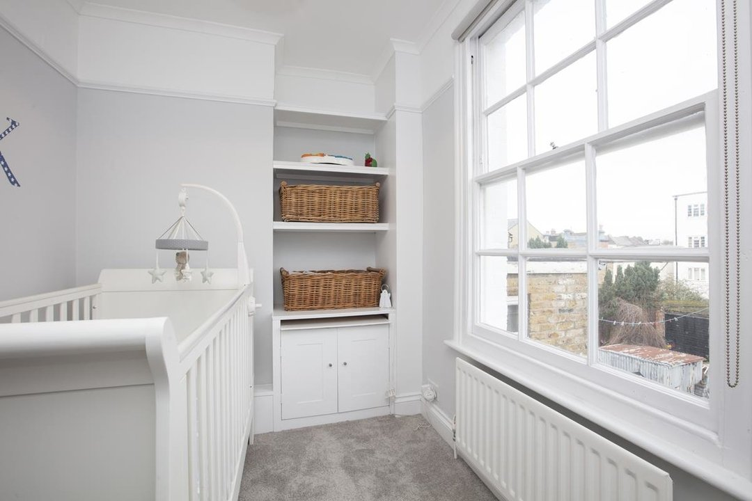 House - End Terrace For Sale in Halifax Street, SE26 233 view10