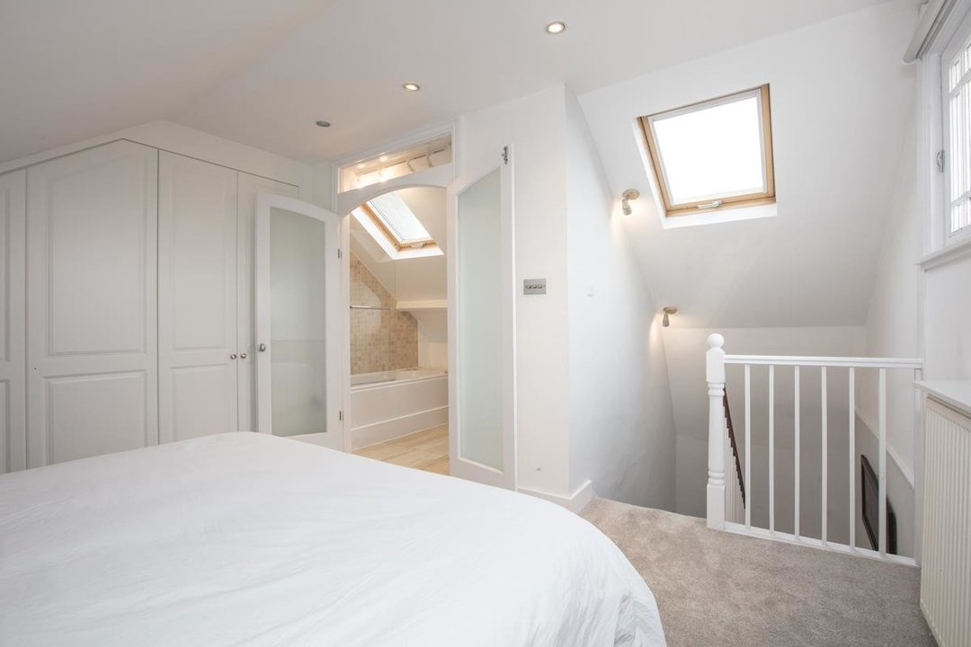 House - End Terrace For Sale in Halifax Street, SE26 233 view13