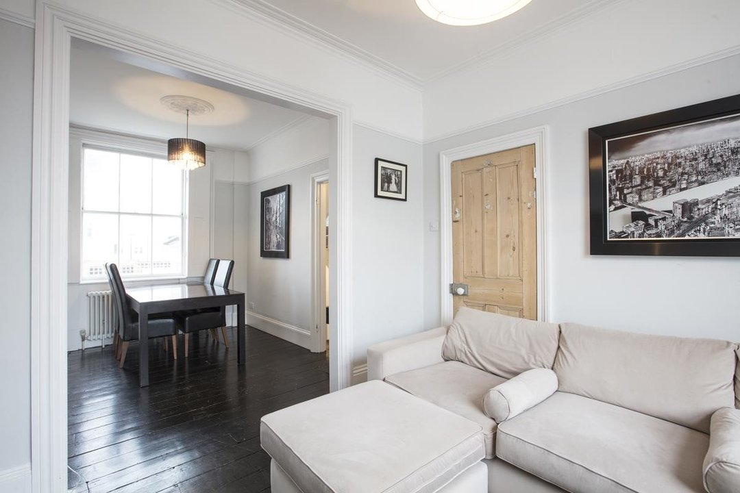 House - End Terrace For Sale in Halifax Street, SE26 233 view4