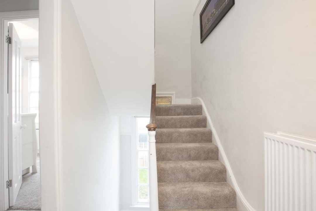 House - End Terrace For Sale in Halifax Street, SE26 233 view12
