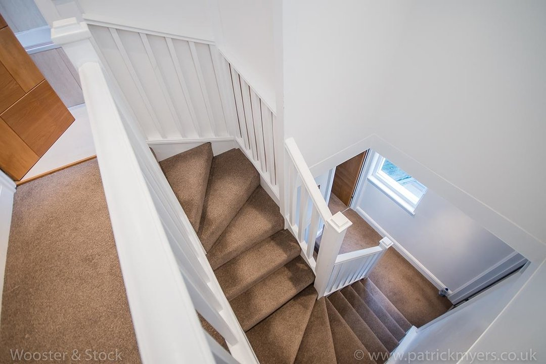 House - Semi-Detached For Sale in Halsmere Road, SE5 243 view10
