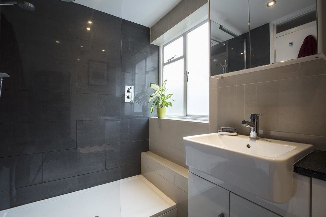 Flat - Conversion For Sale in Henslowe Road, SE22 262 view6