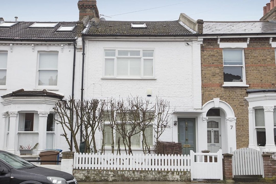 House - Terraced For Sale in Henslowe Road, SE22 275 view15