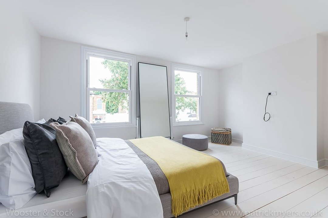 House - Terraced Sold in Henslowe Road, SE22 83 view15