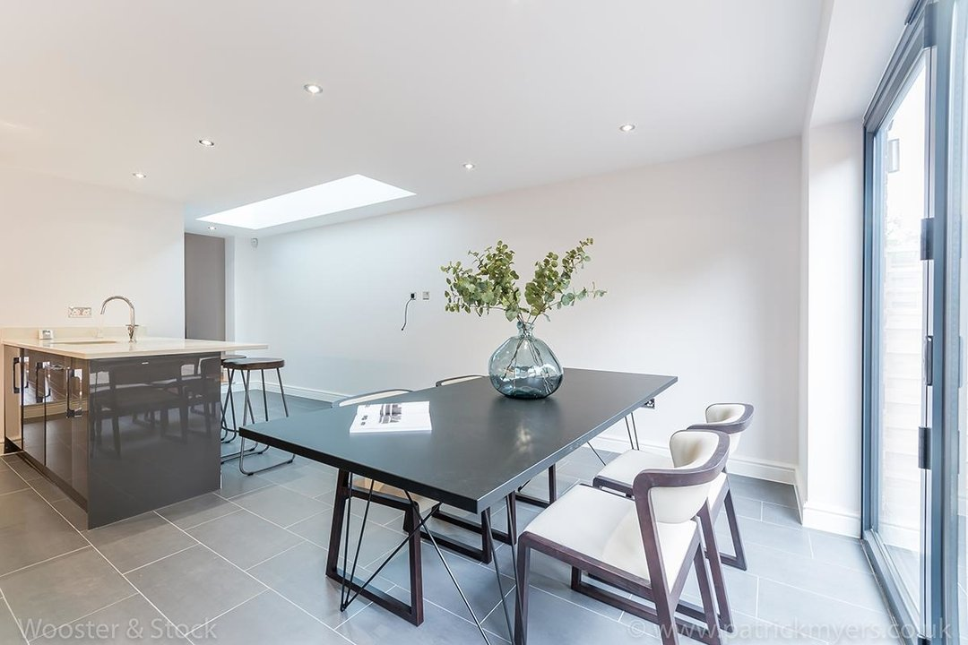 House - Terraced Sold in Henslowe Road, SE22 83 view4