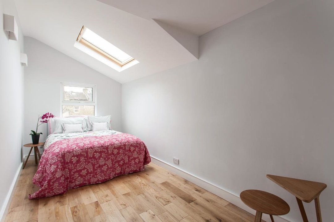 House - Terraced For Sale in Hollydale Road, SE15 340 view13