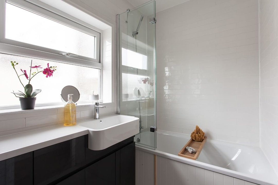 House - Terraced For Sale in Hollydale Road, SE15 340 view12