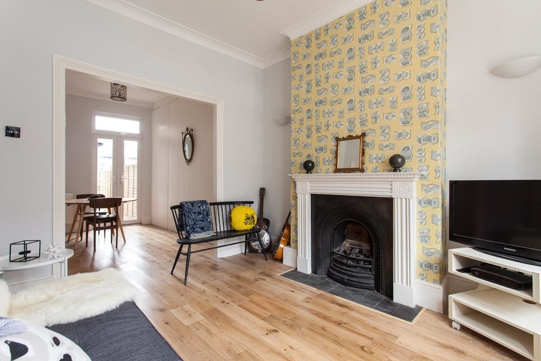 House - Terraced For Sale in Hollydale Road, SE15 340 view5