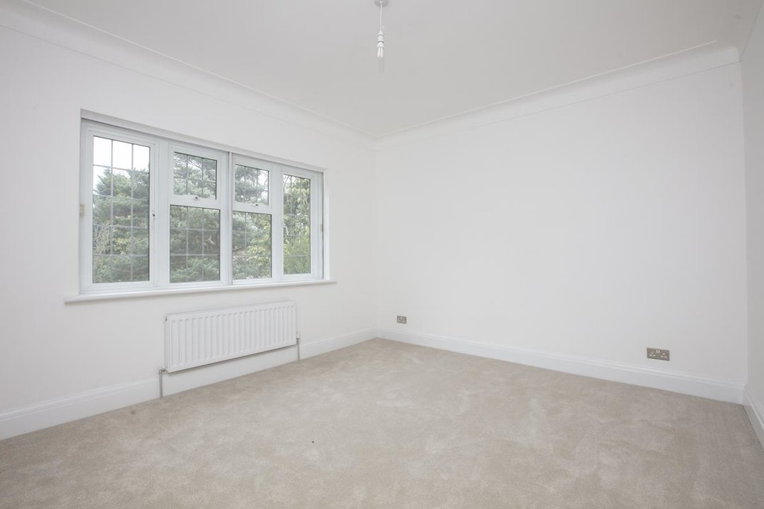 House - Detached For Sale in Inglemere Road, SE23 238 view10