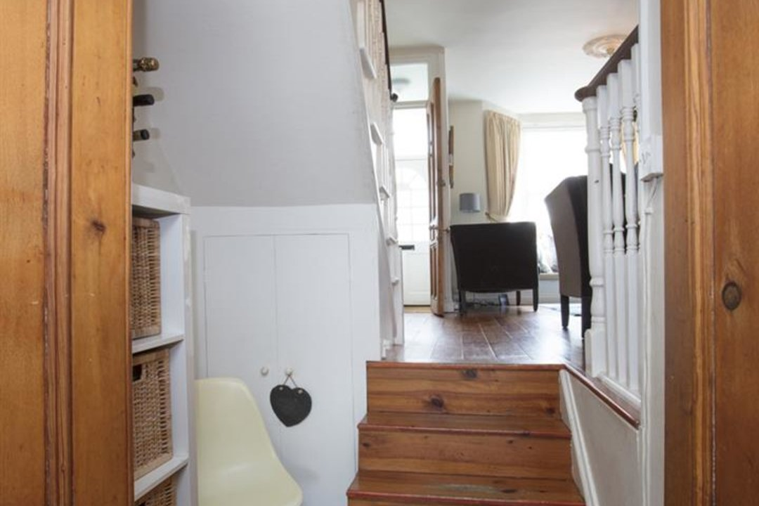 House - End Terrace For Sale in Ivanhoe Road, SE5 281 view11