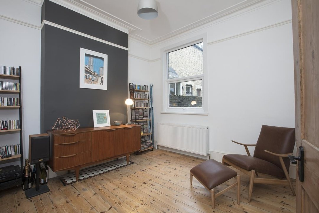 House - Terraced Sale Agreed in Ivydale Road, SE15 252 view6