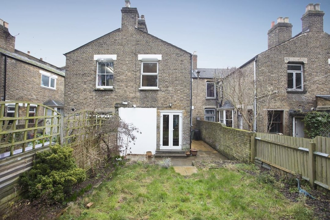 House - Terraced Sale Agreed in Ivydale Road, SE15 252 view18