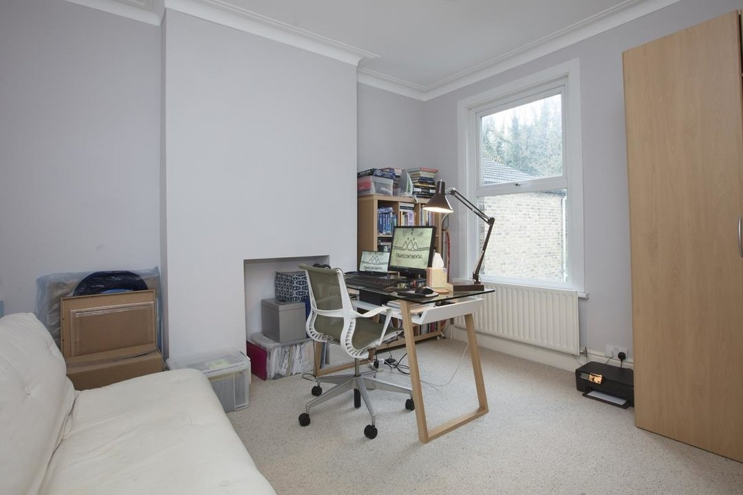 House - Terraced Sold in Ivydale Road, SE15 252 view15