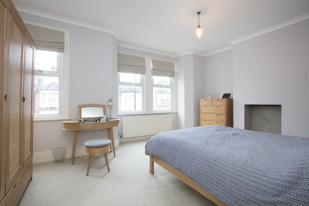 House - Terraced Sold in Ivydale Road, SE15 252 view14