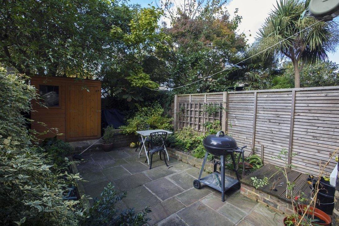 House - Terraced Sold in Kinsale Road, SE15 232 view7