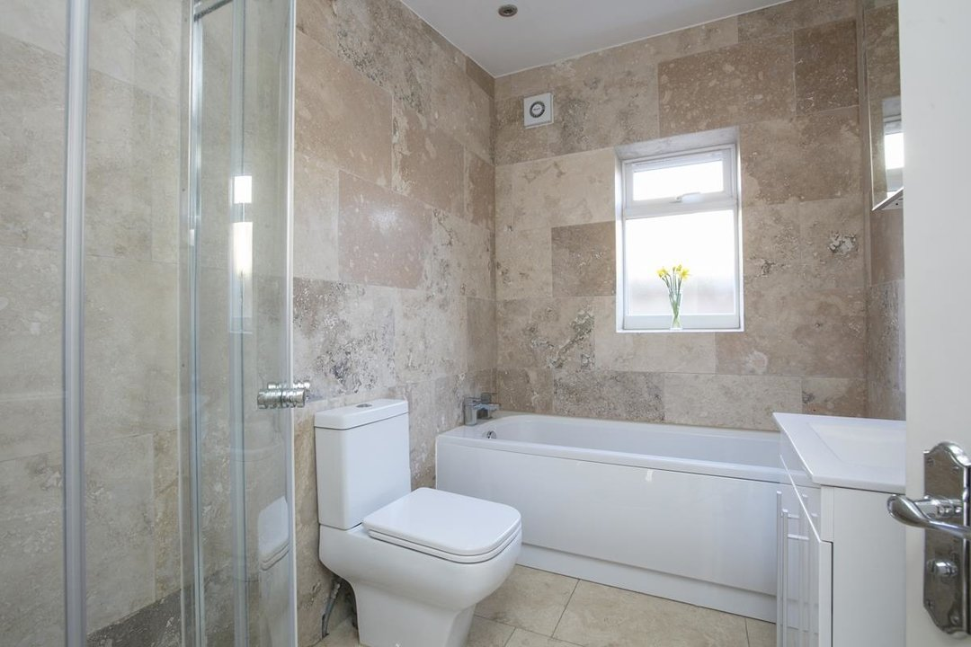 House - Detached For Sale in Kirkwood Road, SE15 255 view10