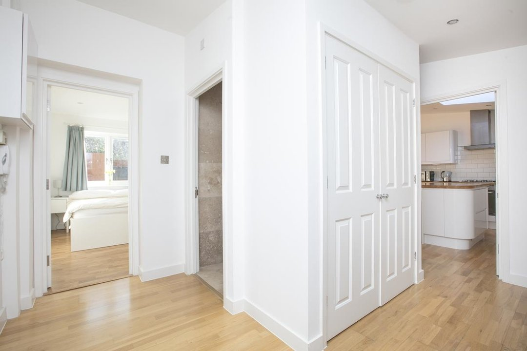 House - Detached For Sale in Kirkwood Road, SE15 255 view7