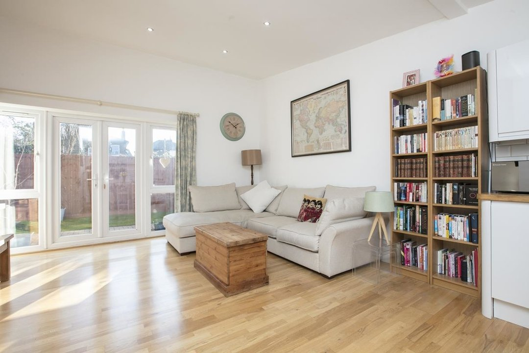 House - Detached For Sale in Kirkwood Road, SE15 255 view4