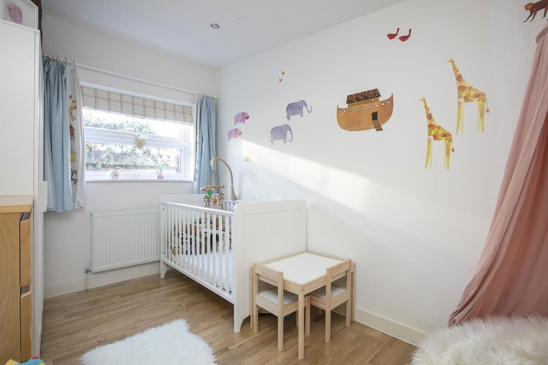 House - Detached For Sale in Kirkwood Road, SE15 255 view11
