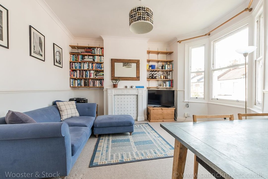 Flat/Apartment For Sale in Linnell Road, SE5 303 view2