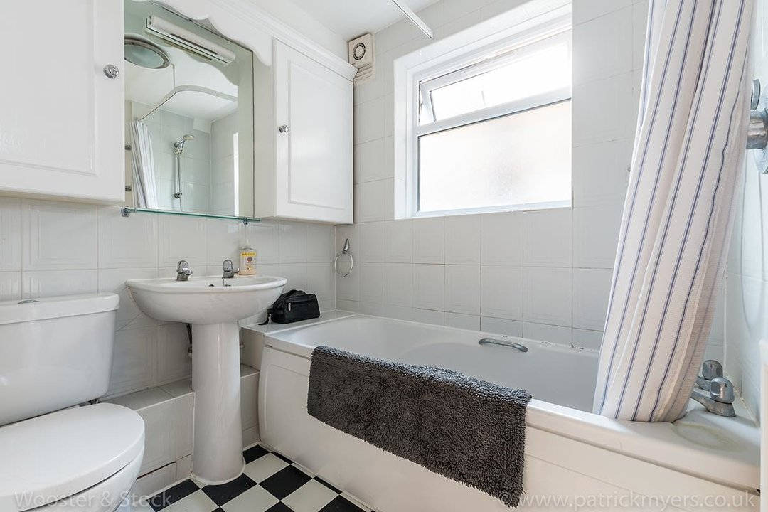 Flat/Apartment For Sale in Linnell Road, SE5 303 view6