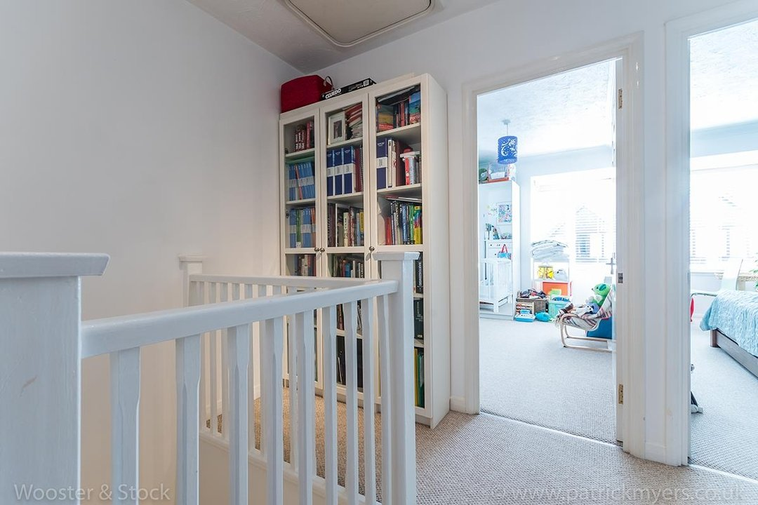 Flat - Conversion For Sale in Linwood Close, SE5 132 view8