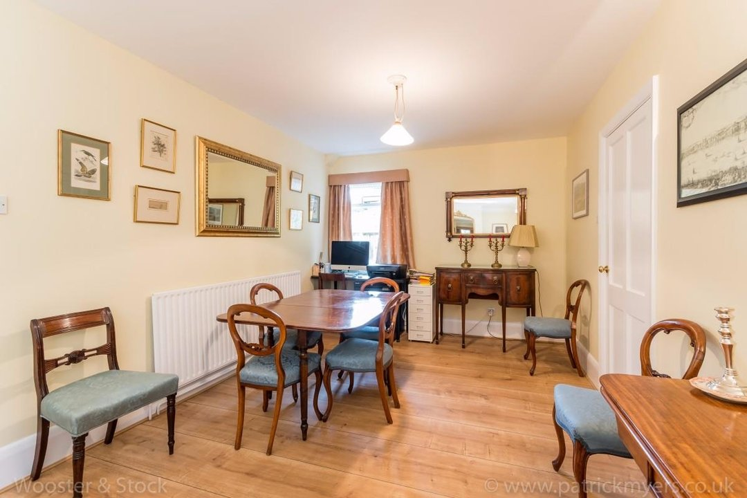 House - Terraced For Sale in Longton Avenue, SE26 174 view7