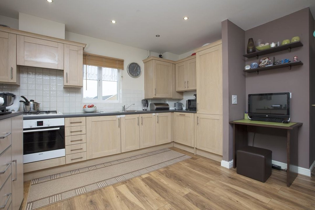 Flat - Purpose Built For Sale in Lynbrook Grove, SE15 253 view3