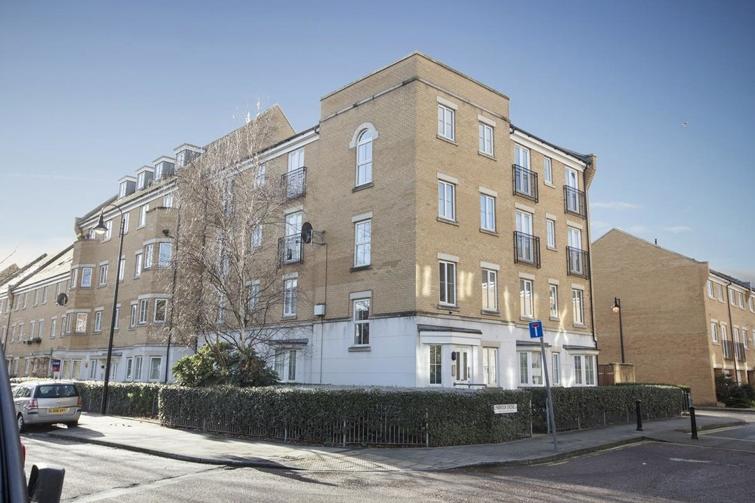 Flat - Purpose Built For Sale in Lynbrook Grove, SE15 253 view1