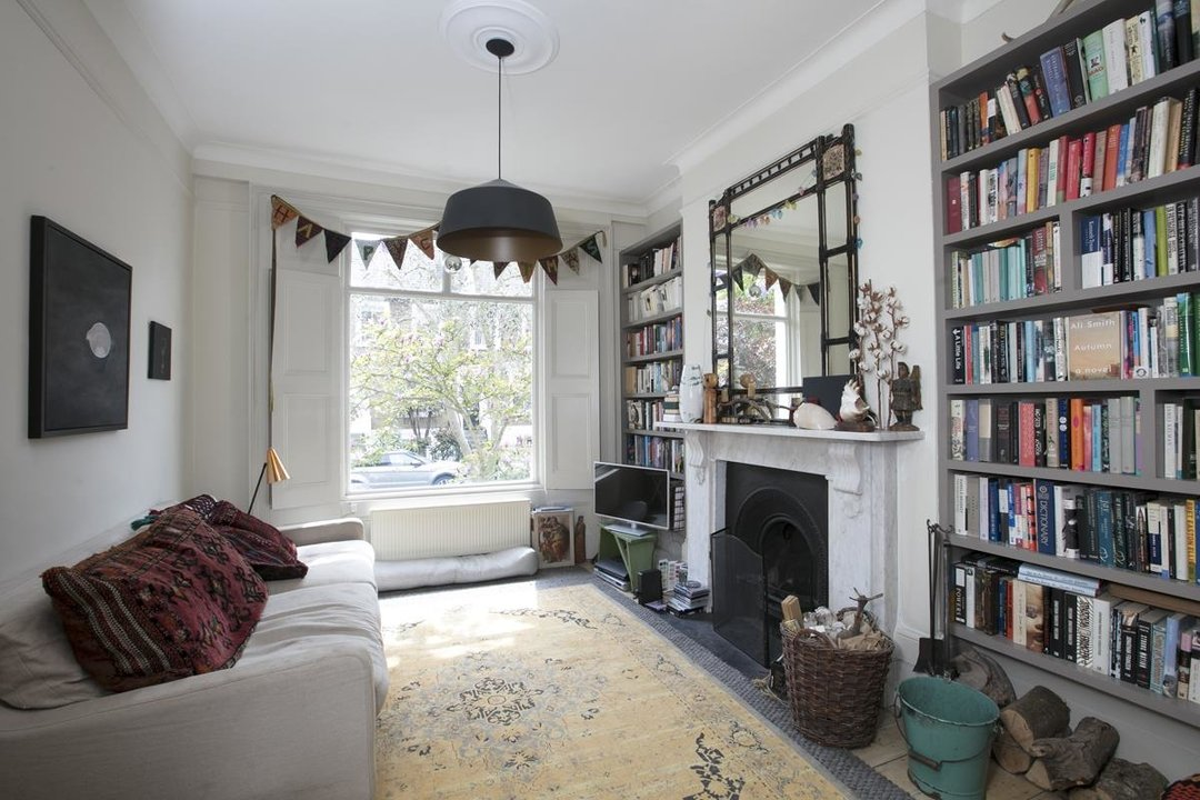 House - Terraced For Sale in Lyndhurst Grove, SE15 320 view4