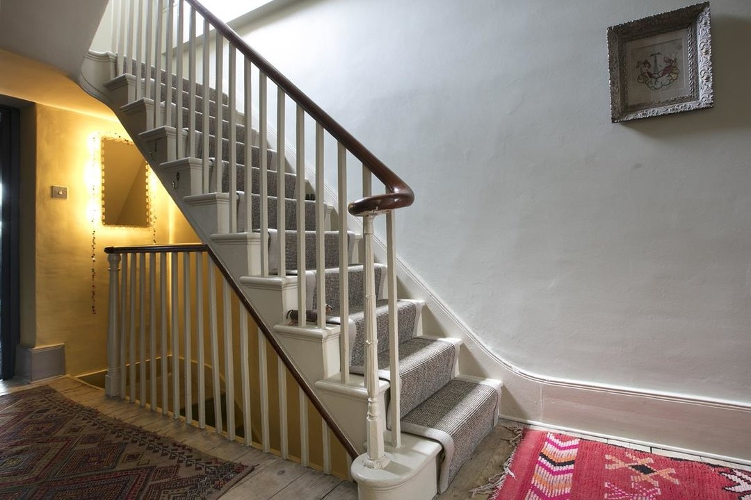 House - Terraced For Sale in Lyndhurst Grove, SE15 320 view7
