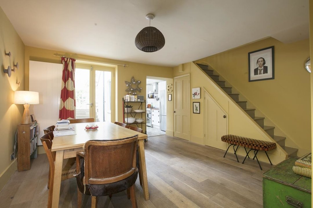 House - Terraced For Sale in Lyndhurst Grove, SE15 320 view11