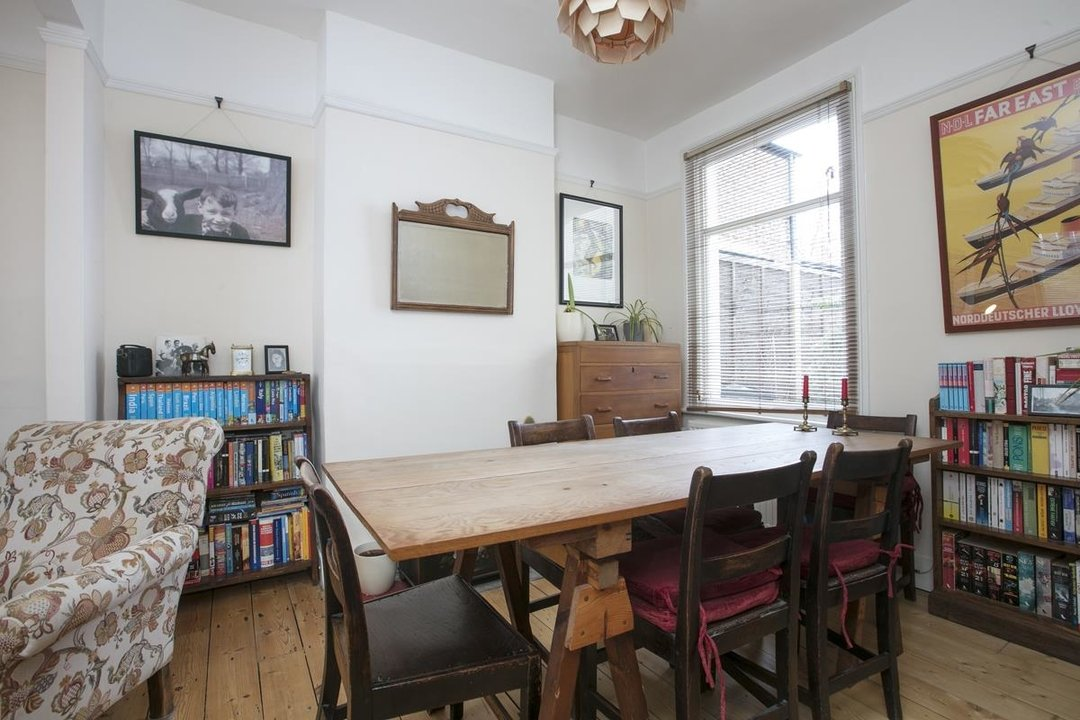 House - Terraced Sale Agreed in Machell Road, SE15 289 view6