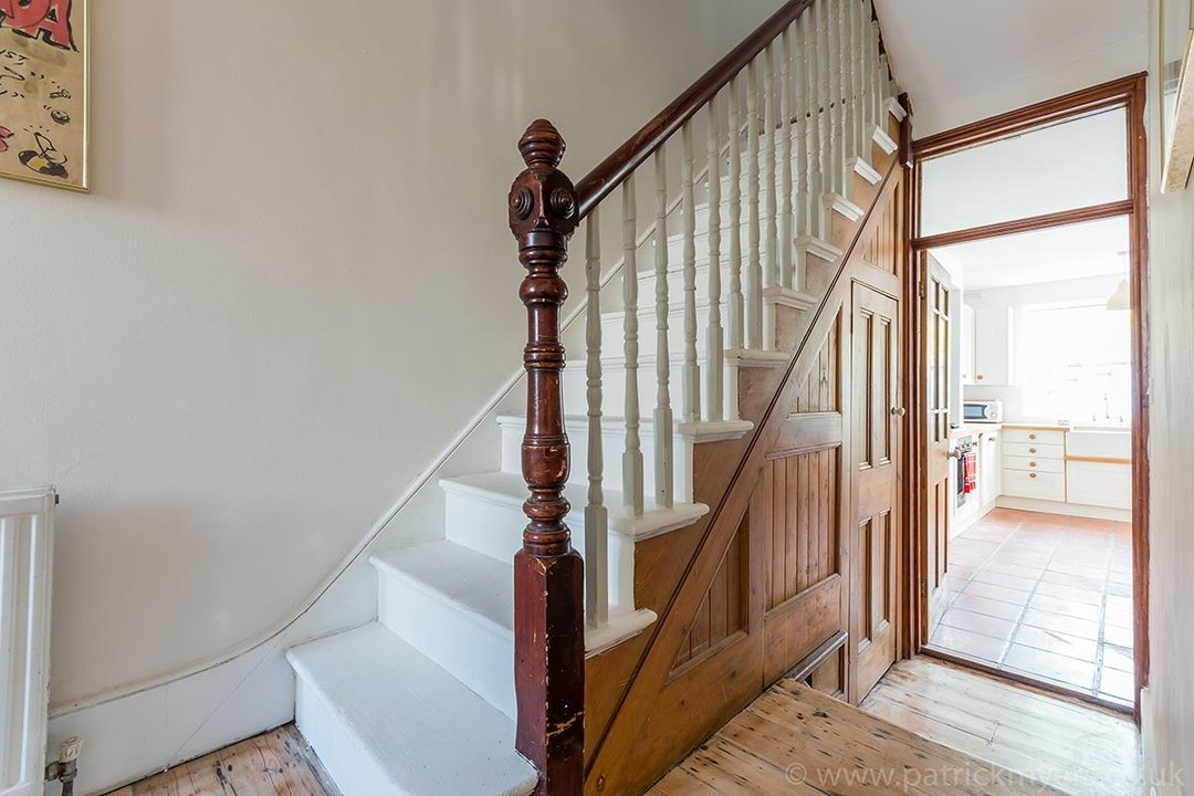 House - Terraced For Sale in McDowall Road, SE5 241 view5