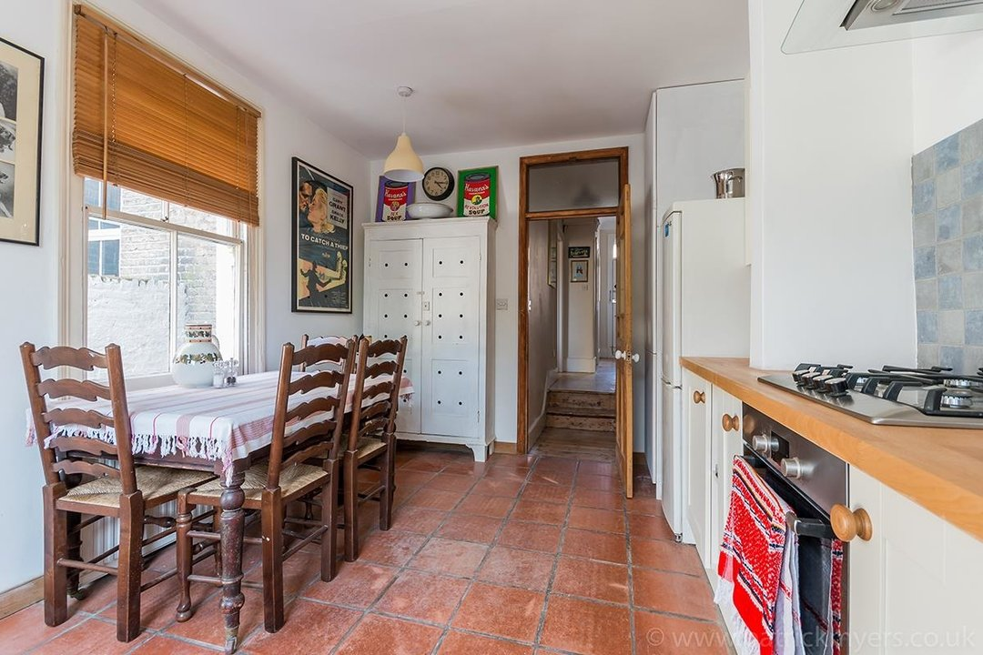 House - Terraced For Sale in McDowall Road, SE5 241 view7