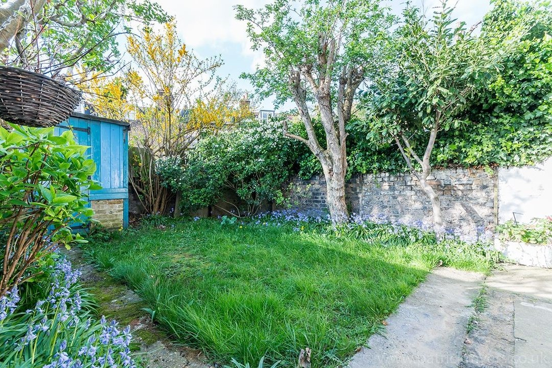 House - Terraced For Sale in McDowall Road, SE5 241 view15