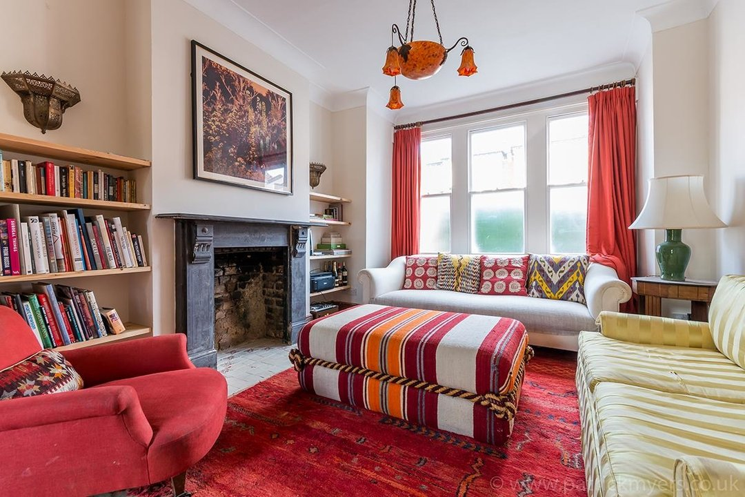House - Terraced For Sale in McDowall Road, SE5 241 view3