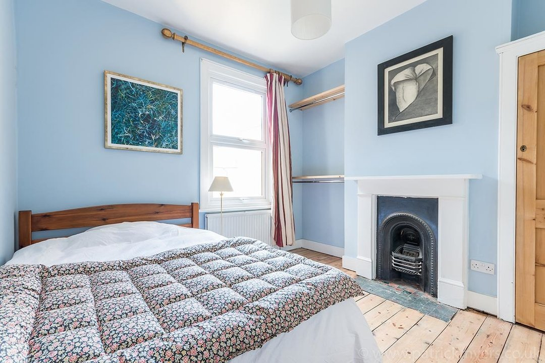 House - Terraced For Sale in McDowall Road, SE5 241 view12