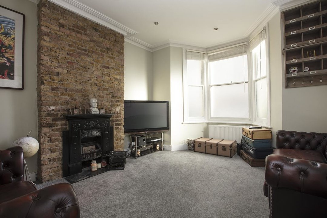 Flat - Conversion For Sale in Morrish Road, SW2 200 view5